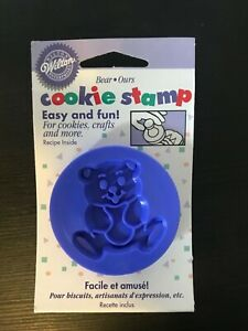 1998 Wilton Blue Bear Plastic Cookie Stamp New in Package NOS