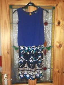 Tfnc navy Evening Dress With Stunning Sequins skirt section . Size uk 8 GBP 9.99