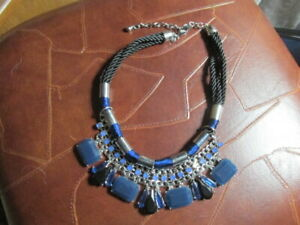 chico#x27;s chunky blue necklace