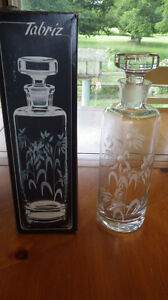 Etched Crystal FLoral Decanter with stopper made in Turkey NOS Floral design