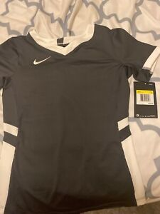 nike dri fit shirt girls small $18.00