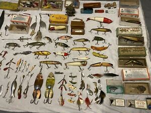 Vintage lot of Old Fishing Lures Heddon Paw Paw Creek