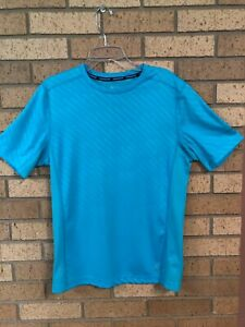 XERSION PERFORMANCE WEAR QUICK DRI SHIRT SIZE SMALL TURQUOISE $9.00