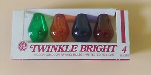 TWINKLE BRIGHT 4 Bulbs GE Indoor Outdoor Christmas Lights VINTAGE Colorful