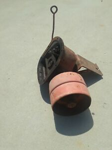 VINTAGE ALLIS CHALMERS TRACTOR PTO GEARBOX WITH BELT PULLEY $125.00