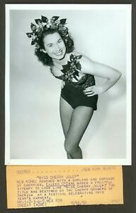 SEXY ORIGINAL ACME NEWSPICTURES PHOTO MISS CHERRY JULEP VF 1950