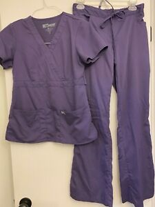 Purple Women's greys anatomy scrubs set small