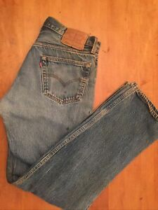 VTG Levis Mens 501XX USA Jeans 35x36 button fly actual 33x33 RARE holes Medium