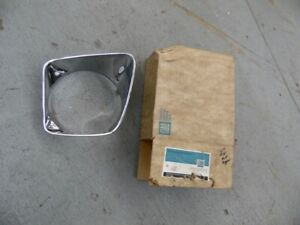 NOS PONTIAC 1967 BONNEVILLE CATALINA CHROME HEADLAMP BEZEL RH UPPER 14