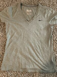 womens nike shirts medium $13.00