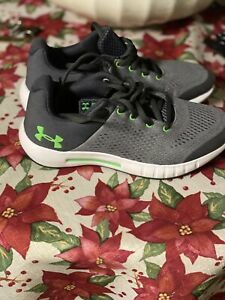 Kids Under Armor Shoes USA 4Y Boys Under Armor Shoes $15.00