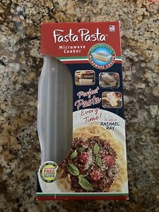 Fasta Pasta Microwave Cooker Pasta Cooker As seen on Rachel Ray New In Box