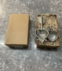 Beehive 2000 Vintage Pewter Heart And Arrow Tea Strainer New With Packaging $29.00