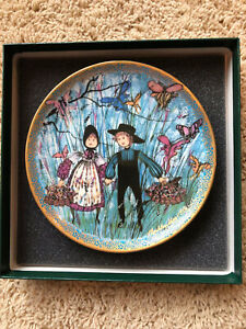 P. BUCKLEY MOSS DANCE OF THE BUTTERFLY 2nd PLATE IN JOYFUL CHILDREN COLLECTION $33.00