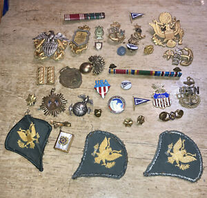 Estate Lot Mixed Old Vintage amp; Antique MILITARY PINS AND BADGES 35 Pieces As Is $450.00