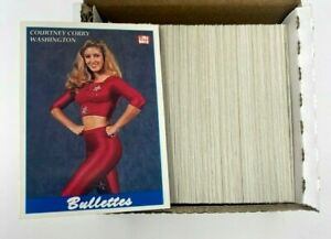 Pro Cheerleaders Football Edition 160 Photo Trading Cards Set 1992 NEAR MINT $39.99