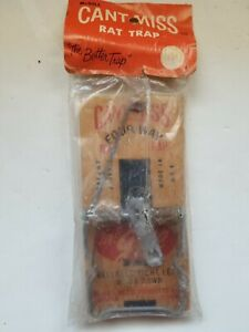 Vintage Can#x27;t Miss Four Way Wood Rat Trap McGill Marengo IL USA NOS