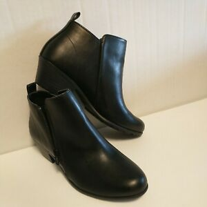 Womens size 5W Oil slip resistant Black leather SafeTStep Comfort shoes booties $24.95