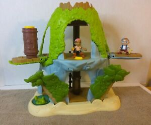 Disney Jake and The Neverland Pirates Magical Tiki Hideout Tree House