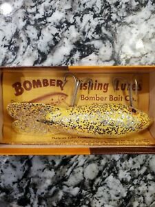 Vintage Bomber Lure 619 W box And Paperwork