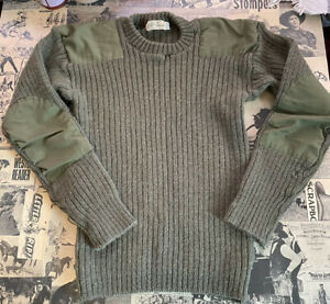 Women's LL BEAN Vintage Army Green Wool Elbow Patch Sweater XS $40.00