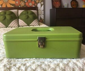 Vintage 70s Green Wil Hold Plastic Sewing Box with Removable Tray Sewing Storage $24.00
