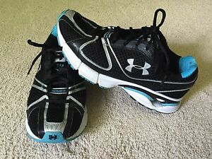 Under Armour Women's Shoes Cartilage Athletic Running Walking SZ 8.5 Black Blue