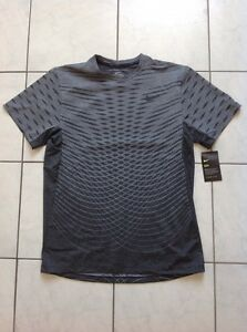 Nike Dry Men's Dri Fit Running Training SS Shirt. Size M. RRP $100