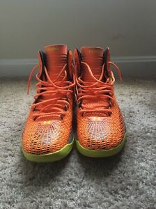 Used Men's Under Armour Clutch Fit Shoeorange And Lime Green size 12