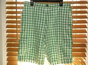Nike Golf dri fit men size 33 green and white checked  cargo golf shorts