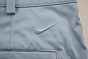NIKE DRI-FIT Tour Performance Mens Blue Flat Front Stretch Golf Shorts Size 33