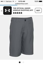 Boys Under Armour Graphite Grey Flat Front Golf Shorts. XL. Nwt! $40