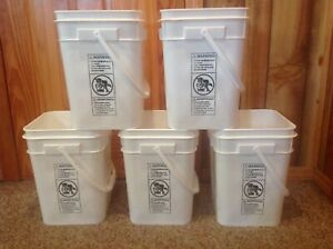5 plastic 4-1/4 gall capacity square food grade HDPE2 buckets with snap on lids