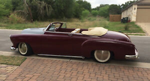 1952 Chevrolet Convertible - Maroon Chopped