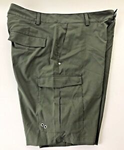 Under Armour Heat Gear Green Cargo Loose Golf Shorts Mens 34 - MSRP $49.99
