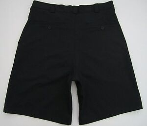 Mens size 34 Under Armour polyester black golf casual shorts