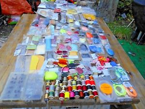 HUGE LOT OF FLY TYING MATERIAL THREAD CHENNEL YARN FIR HAIR FEATHERS HOOKS+