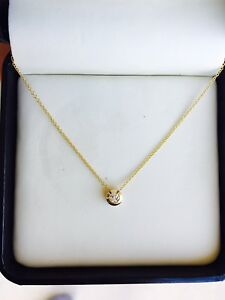 Lovely Genuine Diamond Circle 14k Yellow Gold Necklace Charm Pendant 18