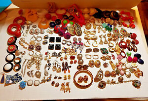 Lot JEWELRY Earrings & More FOR Wearing Parts Repair Replacement or CRAFTING