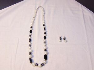 Matching Necklace & Earring Set #92 Black & White