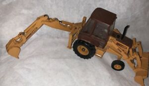 Rare Ertl Case 580k Backhoe Loader Die-Cast Construction Toy Nice!