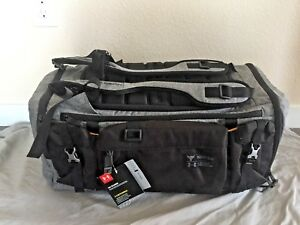 NWT Under Armour Project Rock Range Duffle Bag Backpack - Rare Grey Edition
