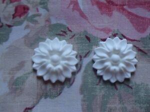 New Shabby n Chic Floral Medallions 2ps Furniture Appliques Architectural Trim