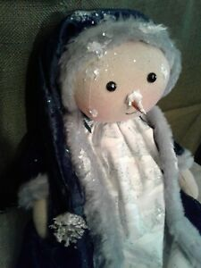 PRIMITIVE LITTLE Snow Gal doll  Dressed in Green Velvet and Vintage Lace