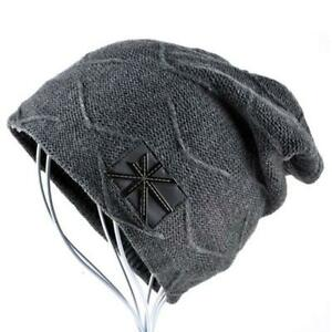 AKIZON Beanie Cap Fall and Winter Warm Knit One Size with Union Flag and Skull