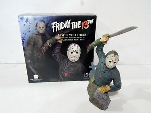 GENTLE GIANTS FRIDAY THE 13th JASON VOORHEES COLLECTIBLE MINI BUST 11391500#