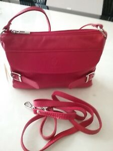 I Medici Firenze Italian Soft Leather Crossbody Handbag Purse NEW Red Color