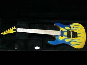 B.C.Rich USA GUNSLINGER FIRE PATTERN Autographed Electric Guitar Used from japan