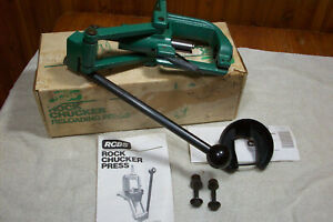 RCBS ROCKCHUCKER II reloading press w univ primer arm USA hunting re loading box