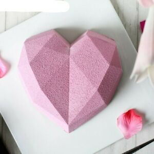 8-Cavity Diamond Love Heart-Shaped Silicone Molds for Sponge Cakes 30% OFF